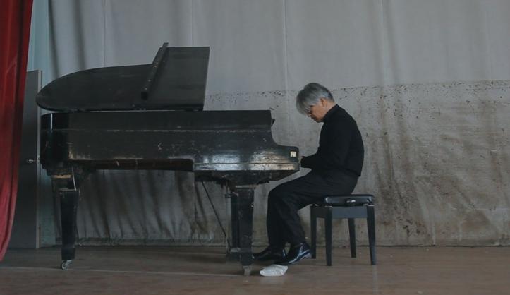 RYUICHISAKAMOTOCODA_Tsunami_Piano__NEO_SORA_